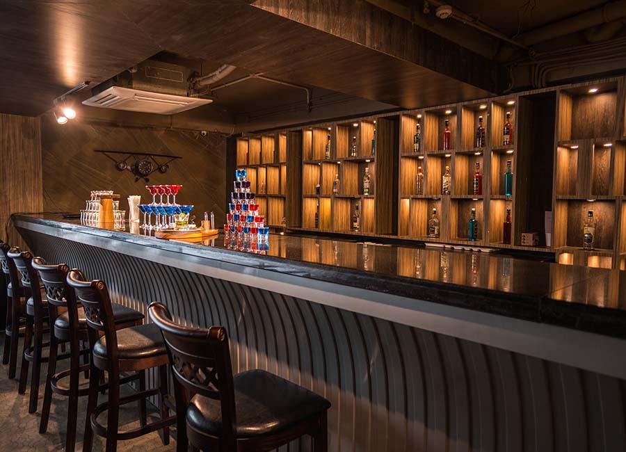 Exchange Resto-Bars, Gomti Nagar Lucknow